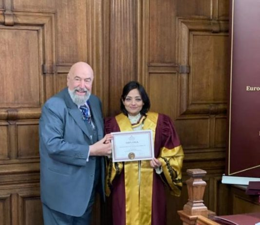 Event - डॉ.सुमिता सोफत को ऑक्सफोर्ड इंग्लैंड ने दी ऑनररी प्रोफेसर ऑफ अकेडेमिक यूनियन की पदवी - 2019