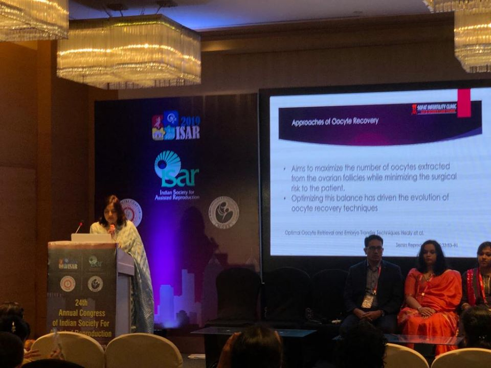 Dr Sumita Sofat Presenting Talk on Oocyte Pick Up in ISSAR Conference Mumbai